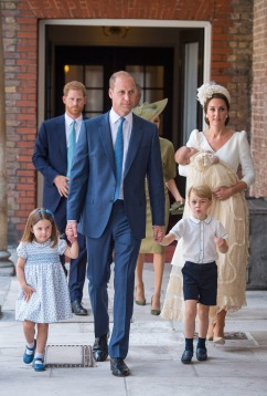 7/9/2018 - Princess Charlotte and Prince George hold the hands of their father, the Duke of Cambridge, as they arrive at the Chapel Royal, St James's Palace, London for the christening of their brother, Prince Louis, who is being carried by their mother, the Duchess of Cambridge. (Photo by PA Images/Sipa USA) *** US Rights Only ***