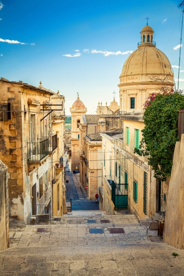 sicily-crop-bottom-out