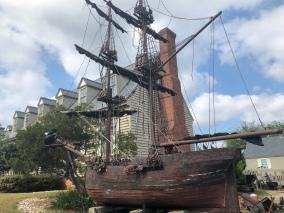 A wee model schooner...